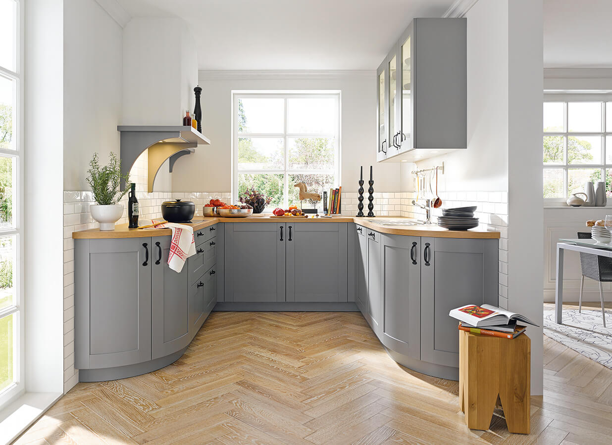 Traditional kitchens kitchen discount grimsby kitchens for Discount kitchens